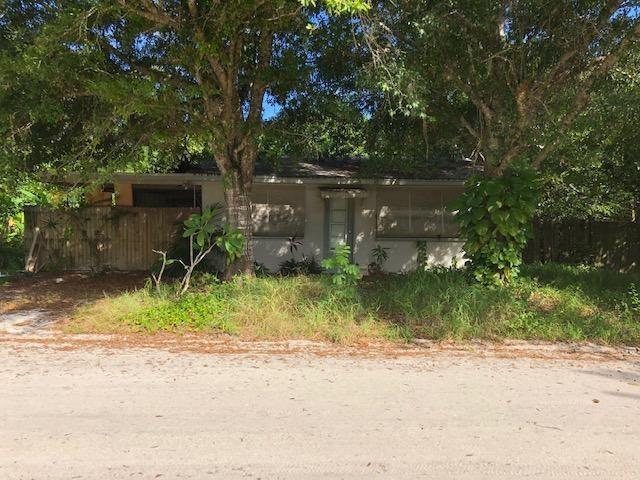 3420 67th Place, Vero Beach, FL 32967 (MLS #220686) :: Billero & Billero Properties
