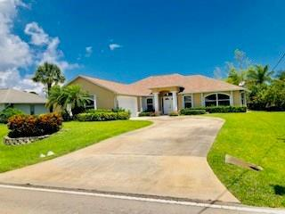 1828 Barber Street, Sebastian, FL 32958 (#220790) :: The Reynolds Team/Treasure Coast Sotheby's International Realty
