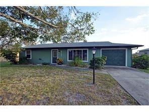 8107 Penny Lane, Fort Pierce, FL 34951 (MLS #224191) :: Billero & Billero Properties