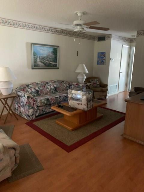 107 Spring Lake Court #205, Vero Beach, FL 32962 (MLS #224272) :: Billero & Billero Properties