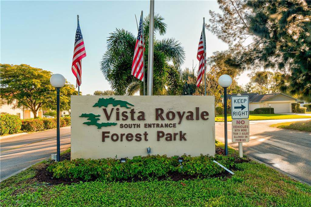 73 Royal Oak Court - Photo 1