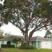 112 Alhambra Avenue, Sebastian, FL 32958 (#229124) :: The Reynolds Team/ONE Sotheby's International Realty