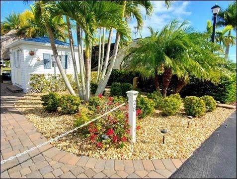 529 42 Cove SW #28, Okeechobee, FL 34974 (MLS #229467) :: Team Provancher | Dale Sorensen Real Estate