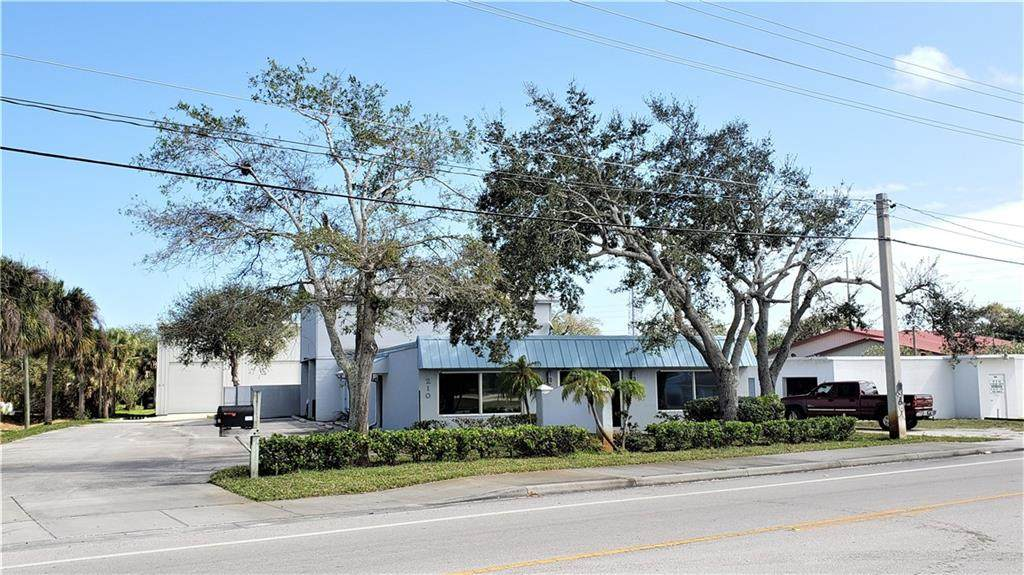 210 Old Dixie Hwy - Photo 1