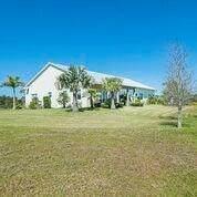 7155 41st Street, Vero Beach, FL 32967 (MLS #230936) :: Team Provancher | Dale Sorensen Real Estate