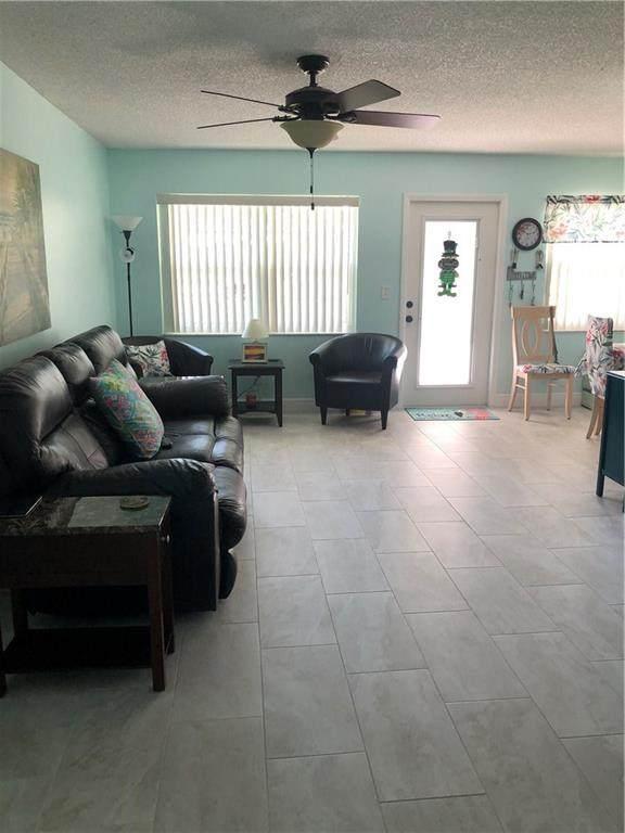 102 Royal Oak Drive #103, Vero Beach, FL 32962 (MLS #230964) :: Billero & Billero Properties