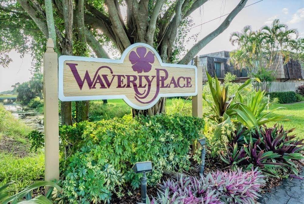 335 Waverly Place - Photo 1
