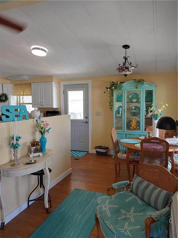 507 Puffin Drive, Barefoot Bay, FL 32976 (MLS #232663) :: Billero & Billero Properties