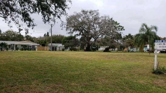 2055 35th Avenue, Vero Beach, FL 32960 (MLS #234042) :: Team Provancher | Dale Sorensen Real Estate