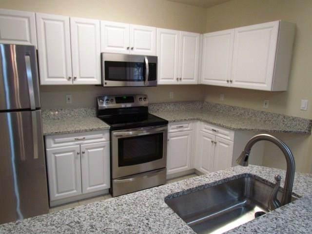 5035 Fairways Circle C206, Vero Beach, FL 32967 (MLS #235877) :: Team Provancher | Dale Sorensen Real Estate