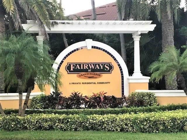 5080 Fairways Circle - Photo 1