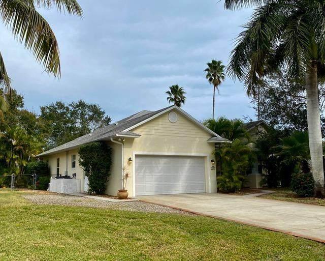4240 79th Street, Vero Beach, FL 32967 (MLS #239955) :: Team Provancher   Dale Sorensen Real Estate