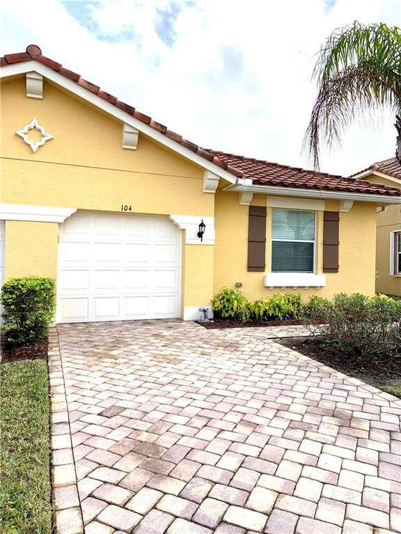 6345 Oxford Circle 104D, Vero Beach, FL 32966 (MLS #240758) :: Billero & Billero Properties