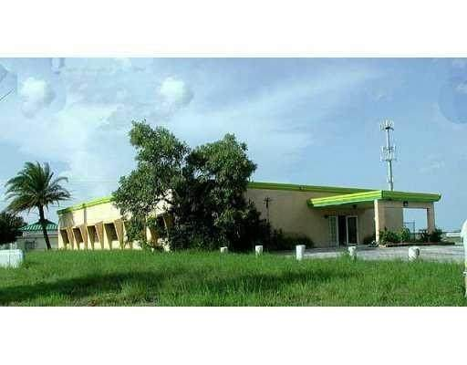 2304 N Us Highway 1, Fort Pierce, FL 34946 (MLS #241395) :: Billero & Billero Properties