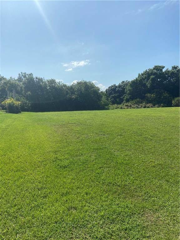 4025 Oak Hollow Avenue, Vero Beach, FL 32966 (MLS #243040) :: Team Provancher | Dale Sorensen Real Estate