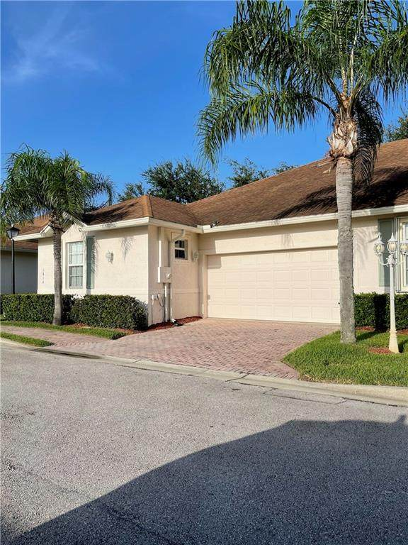 1814 Oak Grove Court, Vero Beach, FL 32966 (MLS #246116) :: Team Provancher | Dale Sorensen Real Estate