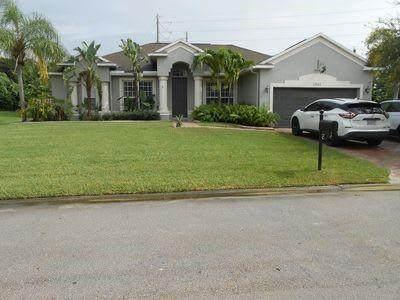 1341 Scarlet Oak Circle, Vero Beach, FL 32966 (MLS #246495) :: Dale Sorensen Real Estate