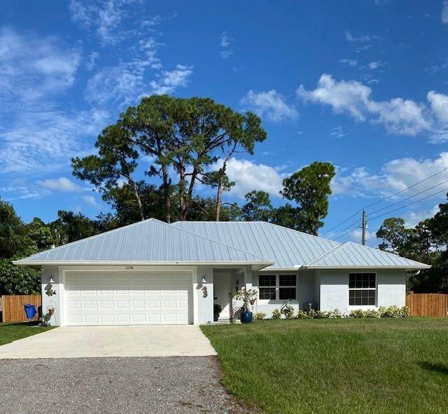 7746 95th Court, Vero Beach, FL 32967 (#246679) :: The Reynolds Team   Compass