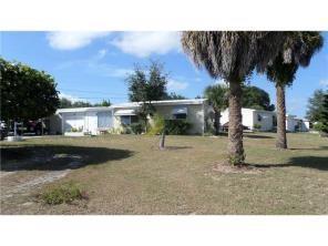 181 6th Ct Sw, Vero Beach, FL 32962 (MLS #193239) :: Billero & Billero Properties