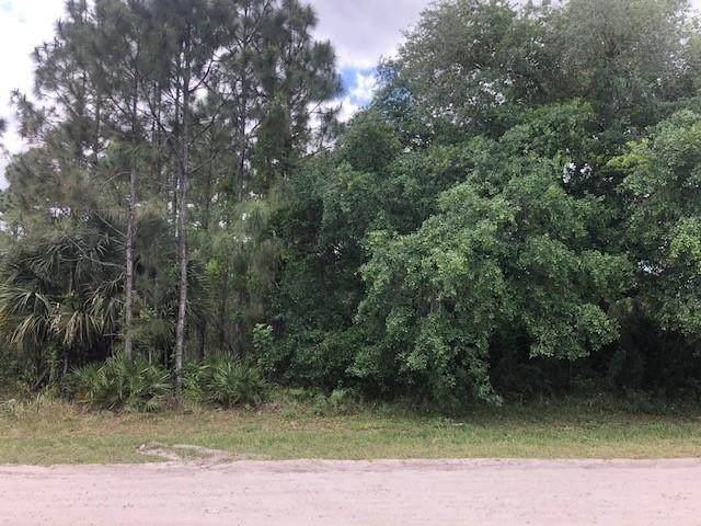 8445 101st Court, Vero Beach, FL 32967 (MLS #242574) :: Team Provancher | Dale Sorensen Real Estate