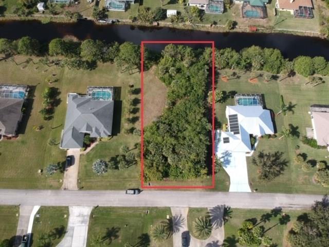 762 Holden Avenue, Sebastian, FL 32958 (MLS #215093) :: Billero & Billero Properties