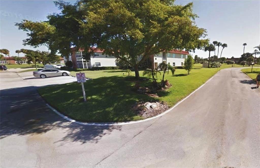 66 Woodland Drive - Photo 1
