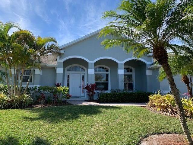 975 Southlakes Way SW, Vero Beach, FL 32968 (MLS #240366) :: Billero & Billero Properties