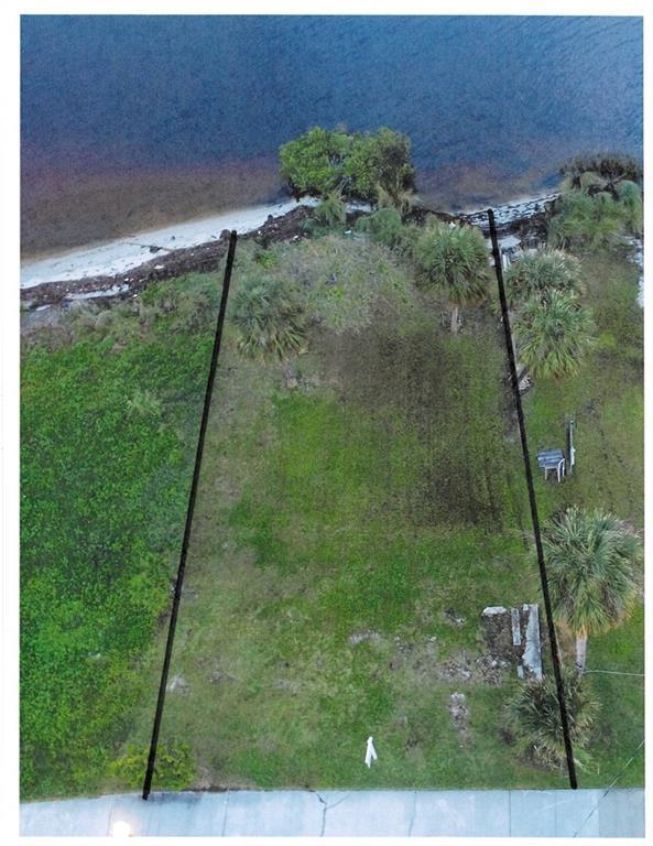 1690 Indian River Drive, Sebastian, FL 32958 (MLS #215328) :: Billero & Billero Properties