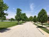 2324 Somerset Drive - Photo 3