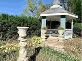 5700 Woodside Road - Photo 15