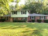 585 Walnut Hills - Photo 1