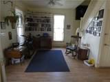 313 Brown Street - Photo 10