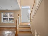 944 Rosalind Place - Photo 3