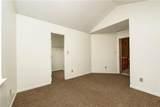 6918 Bretton Circle - Photo 33
