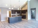 136 Woods Edge Blvd East - Photo 2