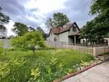 1049 Villa Avenue - Photo 39