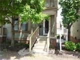 933 Hudson Street - Photo 2