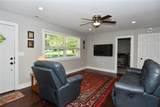 6284 Roselyn Drive - Photo 4
