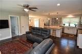 6284 Roselyn Drive - Photo 5