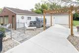 7133 Griffith Road - Photo 36