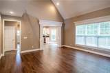 2053 Deer Creek Circle - Photo 9