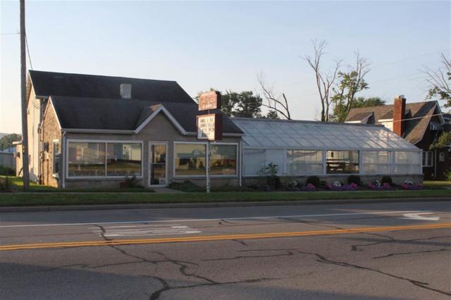 415 N Main Street, Brownstown, IN 47220 (MLS #1180025J) :: AR/haus Group Realty