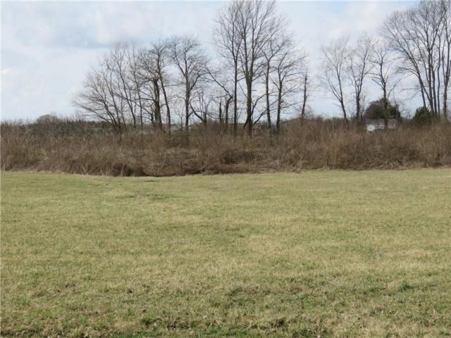 018 Hyland Meadows Drive, Knightstown, IN 46148 (MLS #21470210) :: David Brenton's Team