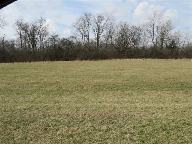 023 Hyland Meadows Drive, Knightstown, IN 46148 (MLS #21470272) :: David Brenton's Team