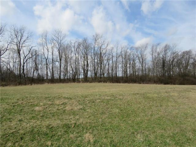 026 Hyland Meadows Drive, Knightstown, IN 46148 (MLS #21470282) :: David Brenton's Team