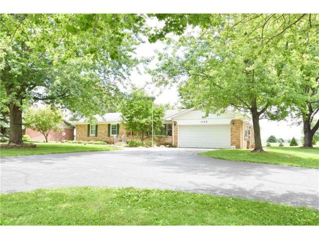 1125 E New Road, Greenfield, IN 46140 (MLS #21494486) :: RE/MAX Ability Plus