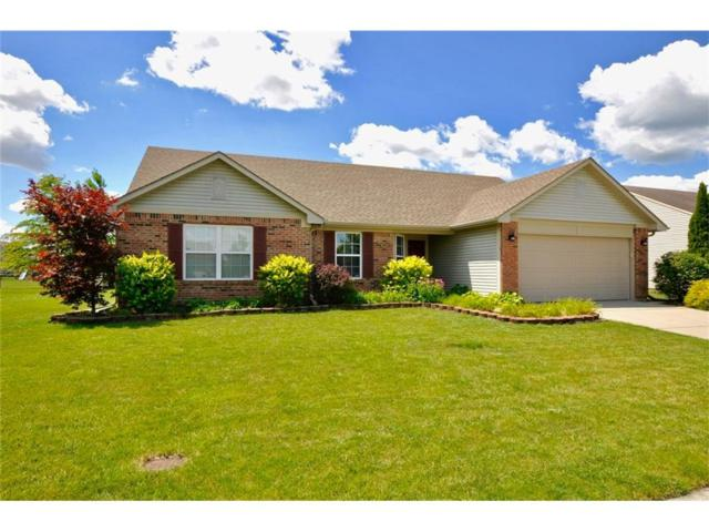 8607 Robin Run Way, Avon, IN 46123 (MLS #21494716) :: Mike Price Realty Team - RE/MAX Centerstone