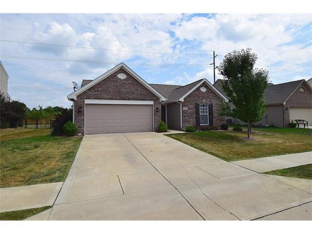 1929 Collingwood Drive, Avon, IN 46123 (MLS #21506589) :: Heard Real Estate Team