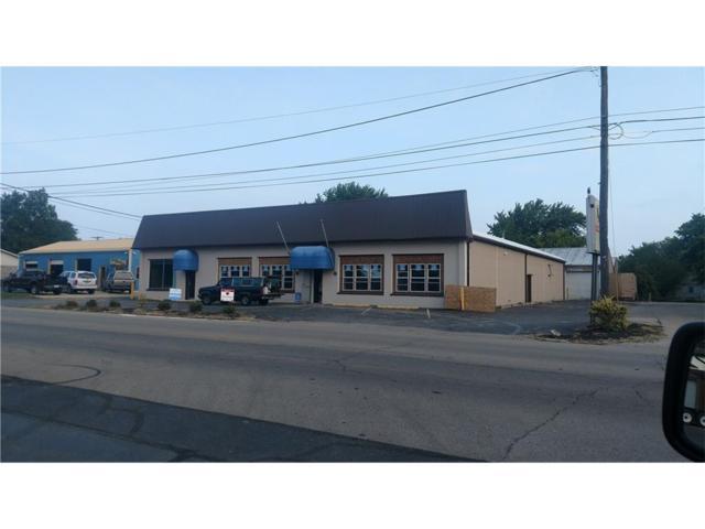 1008 E Main Street, Greensburg, IN 47240 (MLS #21506829) :: Len Wilson & Associates