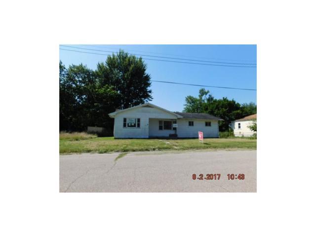 207 Walnut Street, Gaston, IN 47342 (MLS #21506992) :: The ORR Home Selling Team